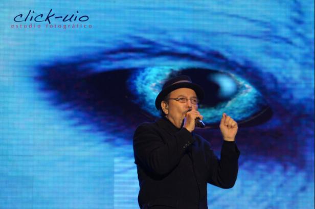 Rubén Blades, Ojos de perro azul - Quito 2012